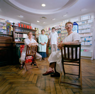 Tuomo Manninen: Saint-Louis´ Pharmacy, Paris, 2006.